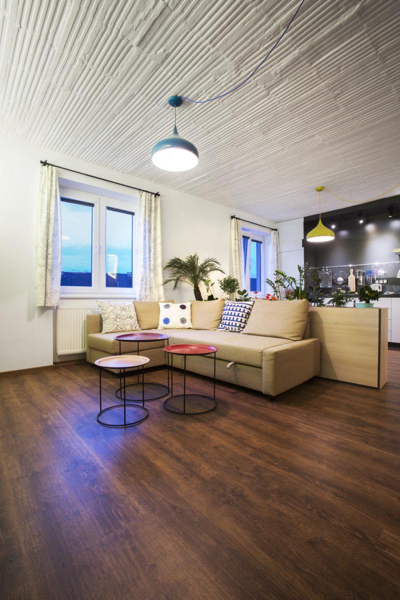 flat renovation nice architects. Black Bedroom Furniture Sets. Home Design Ideas